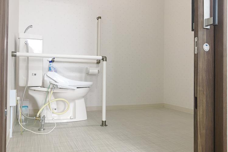トイレも広くて安心